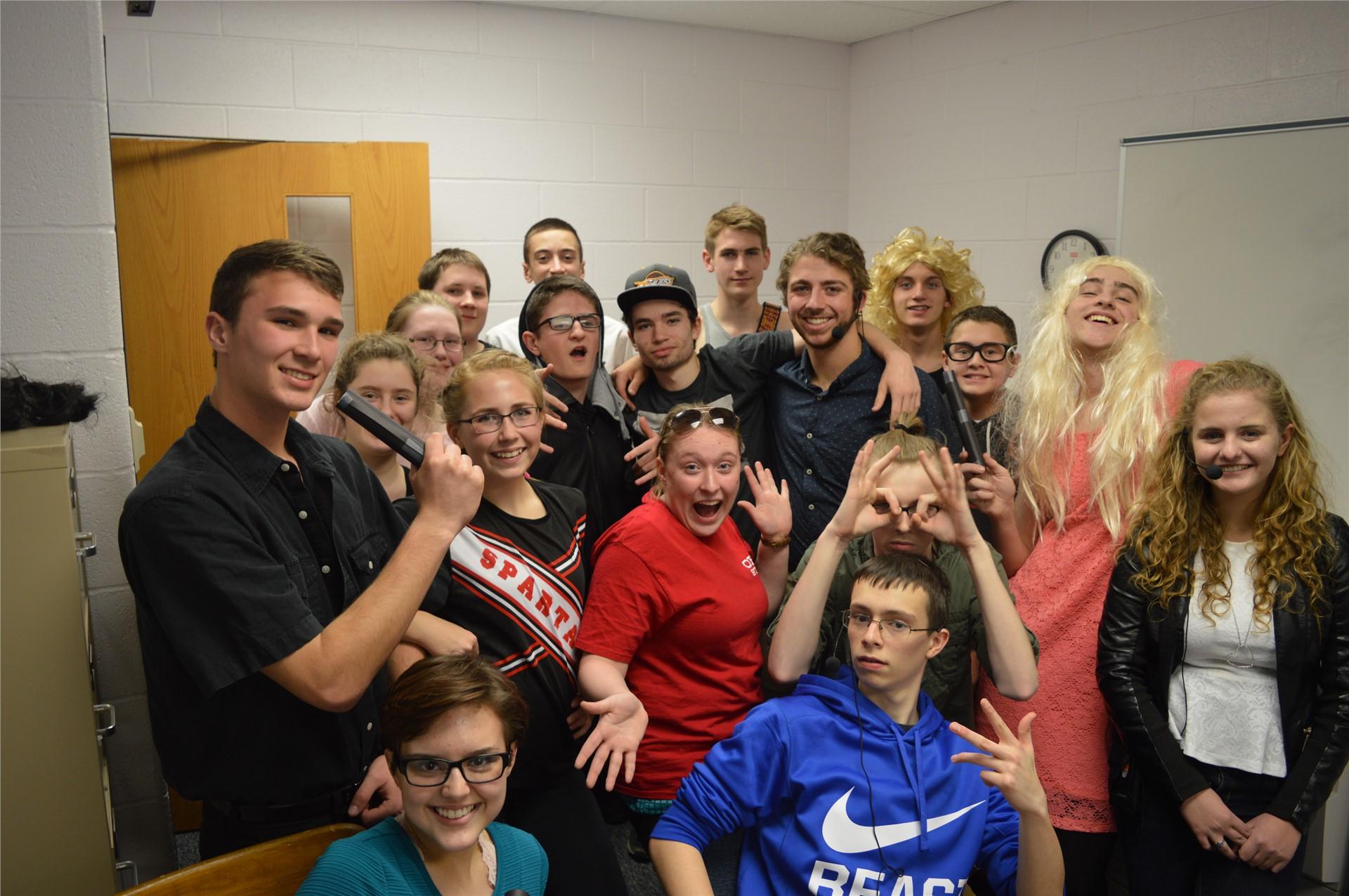 """Maplewood's """"SNL"""" cast and crew"""